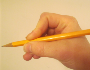 How to hold a pencil correctly: The alligator trick
