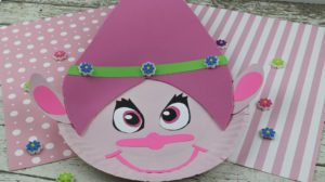 Do you want to make a Troll? This Troll craft is cute, fun and can even be used for teaching the letter T! Fun Letter T craft! #preschool #kindergarten #craft