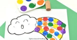 Spring and St. Patrick's Day are coming very soon. I am thinking of rainbow that we have longed to see after the cold winter. Rainbow Wine Cork Painting will be an adorable artwork that can keep the little people busy.