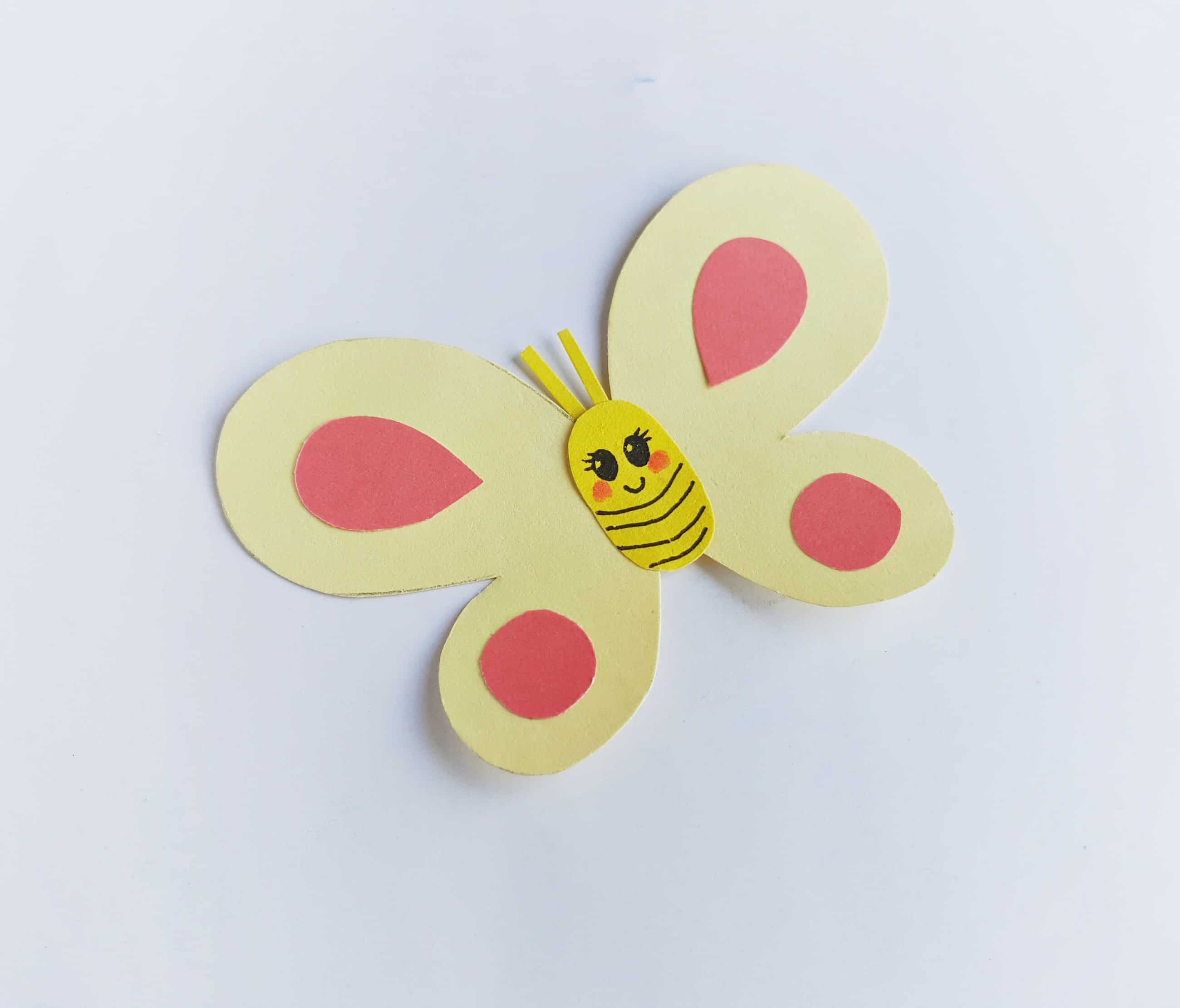 Today I am going to share a cute smiley butterfly kids paper craft to display in your rooms. Let everyone watch them around and not to wait going outdoors.
