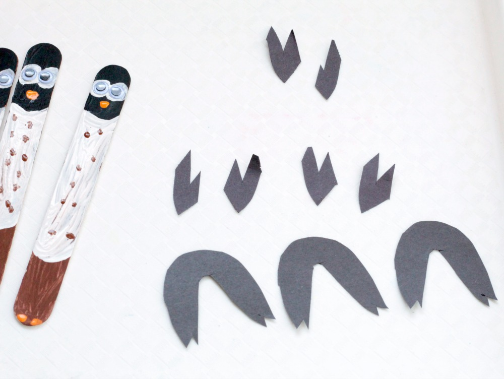 "These craft stick owls are not only fun to make as a craft, but they also make bookmarks. They can do this to learn letter short ""O"", owl thematic unit."